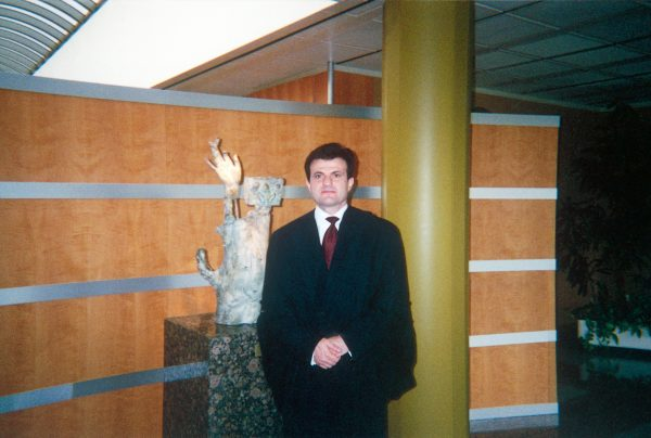 I. Stavropoulos at the hearing of case Athinaiki Zithopoiia (C-294/99) at the European Court of Justice, March 2001